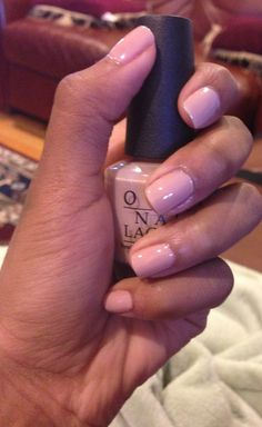 Trendy Nails Dark Skin Manicures 20 Ideas The Effective Pictures We Offer You About birthday nails A quality picture can tell you many th Natural Nail Polish Color, Nail Polish Colors, Dark Nails, White Nails, Opi Nails, Manicures, Natural Nail Designs, Neutral Nails, Super Nails