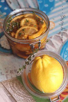 Citron-gingembre-miel-thym la potion magique! INGREDIENTS: ( pour un petit pot ) -1 citron jaune bio -1 morceau de gingembre de 4 cm -miel naturel -quelques branche de thym frais