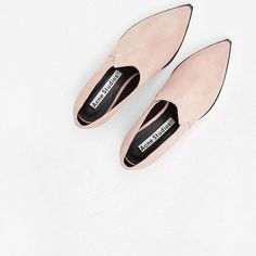 """Egy tökéletes pár tavaszi cipő az @acnestudios -tól // a perfect pair of spring shoes from @acnestudios  #mik #instahun #magyarig #fashion #style #uptostyle #minimal #minimalism #simple #simplicity #acnestudios #spring #boots #pointed #pastel #pink #vsco #vscocam #huntgramfashion #huntgramhungary"" Photo taken by @up.to.style on Instagram, pinned via the InstaPin iOS App! http://www.instapinapp.com (03/24/2015)"