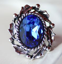 Victorian Ring Game of Thrones inspired by ClassicKeepsakes