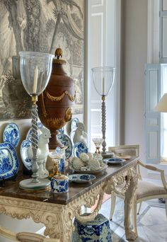 Gorgeous blue and white vignette. Furlow Gatewood is a genius at getting the mix just right. But, something I figured out is that the classics of the late 18th century all work together, no matter the European country of origin.