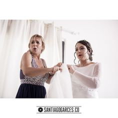 Diegoalzate.com | + | Santiagogarces.co @Santiagogarces.co | #fotografía #social #groom #weddings    #lovestory #justmarried #love #weddingideas LUMINOTECNIA @angela__posada  #amor #love   #fotosmatrimonio #matrimonio #santiagogarces.co #colombia #Fotografo #strobist #portrait