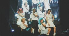 Korean Entertainment Companies, Group Photos, Pop Group, Guys, Pictures, Confetti, Wallpapers, Babies, Heart