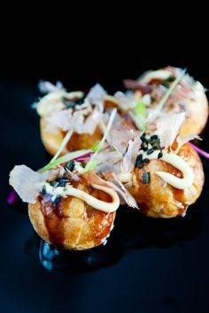 Takoyaki |I still have a hard time with these, the texture in the middle...is gooey