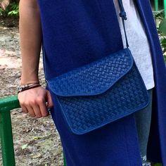 Синяя синяя красота💙💙••••••••••••••••••••••••••••••••••• VINADINI-это семья творческих людей. Vi- Виктор, Na- Наталья, Di- Диана, Ni- Никита.👨👩👧👦 Мы вручную создаём обувь, сумки и аксессуары из натуральной кожи. Наши изделия- это 100% ручная работа и натуральная кожа. ______________________________________ Пожалуйста, по всем вопросам просим Вас обращаться через WhatsApp:  89892638174 Или по телефону:  89892638174☎️ 89284327604☎️ Отправка почтой России в другие города…