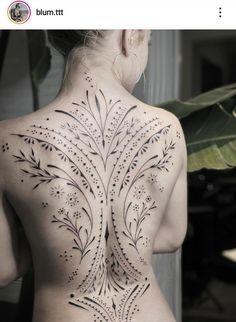 Hair Tattoos, Body Art Tattoos, Cool Tattoos, Full Back Tattoos, Side Tattoos, Arabic Tattoos, Back Piece Tattoo, Pieces Tattoo, Spine Tattoos For Women
