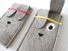 Woolfelt Rabbit iPhone sleeve by TanteEef on Etsy, €15.00 - this looks so cute!
