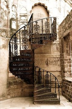 ❤spiral staircase