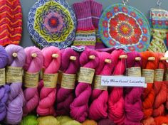 Renaissance Dying,,, Great site... {I could just EAT yarn... is that normal?}