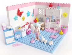 Lego Friends Bathroom/Spa This is an actual set? Lego Girls, Lego For Kids, Lego Design, Legos, Lego Furniture, Minecraft Furniture, Lego Friends Sets, Lego Boards, Lego Craft