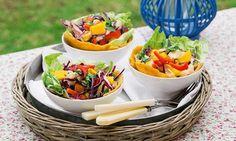 Salada de delícias do mar - uma proposta colorida para alegrar a mesa (ou levar na marmita para uma refeição leve).
