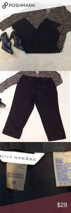 """SZ 16 PETER NYGARD BLACK CAPRIS PLUS Nice pair of dressy capris in black. Gently used. Lying flat Waist 17.5 inseam 23"""" Peter Nygard Pants Capris"""