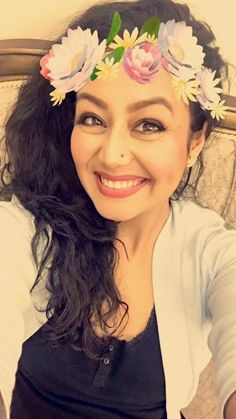 Singer Neha Kakkar Photos - Neha Kakkar is one of the most versatile singer in the bollywood. She is known for her funky songs . Check out beautiful Neha Kakkar Photos . Business Fashion, Business Style, Indian Drama, Neha Kakkar, Cute Princess, Actress Wallpaper, Photo Pin, South Actress, Indian Bollywood