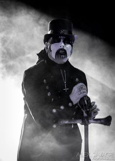 National Rock Review - King Diamond at Aragon Ballroom in Chicago on 27-Nov-2015