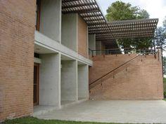 Colegio Alemán - Construcción de edificio, capilla y auditorio.Año de construcción: 2005 Ciudad: Itagüí, Antioquia, Colombia. Cliente: Corporación Colegio Alemán