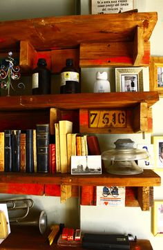 Diy project with recycle materials Old Pallets, Recycled Materials, Liquor Cabinet, Recycling, Diy Projects, Iron, Storage, Handmade, Furniture