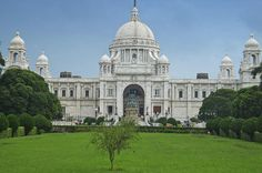 Private Full-Day Kolkata Tour This 8-hour private tour of Kolkata takes you on an historical journey through the streets, markets and heritage buildings. Learn its history from being a small village to one of the first cities of the British Empire in India.After being picked up from your hotel, your tour starts on the banks of the Hooghly River, where the battles of Europe were fought in the 17th, 18th and 19th centuries. Alongside the Armenian, Portuguese churches and Jewish ...