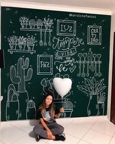 6 steps to create the perfect blackboardEasy Chalkboard Wall Tutorial - Learn these 6 simple steps to create the perfect blackboard wall in your home. Kitchen Blackboard, Chalkboard Wall Bedroom, Blackboard Art, Chalk Wall, Bedroom Wall, Chalk Board Wall Ideas, Chalkboard Paint, Chalk Lettering, Chalkboard Designs