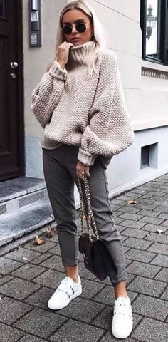 fall look halftime look casual look cold look ootd fall looks fall clothes fall outfit fall clothes casual look midi pants turtle sweater tennis outfit. Casual Winter Outfits, Winter Fashion Casual, Fall Outfits For Work, Casual Fall, Fall Fashion 2018, Winter Ootd, Autumn Fashion Uk, Autum Outfits 2018, Winter Wear
