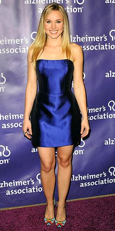 KRISTEN BELL  At the same event (and wearing an equally attention-grabbing frock), Kristen turns heads in a bold blue Reem Acra mini, Adeler jewels and playful pumps.
