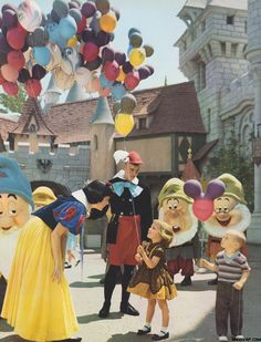 I love vintage Disney photos!