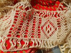 Gorgeous Long large French Lace Braid Band - Long Geometrical Knotted Lace. Made…