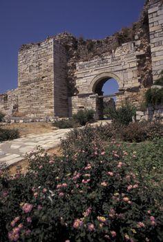 Church Of Saint John In Ephesus, Turkey by Richard Nowitz Ancient Ruins, Ancient History, Bulgaria, Istanbul, Ankara, Ephesus, Cathedral Church, Old Churches, Church Building