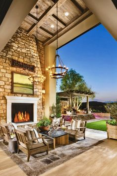 28 Trend Setting Outdoor Living Spaces @TollBrothers