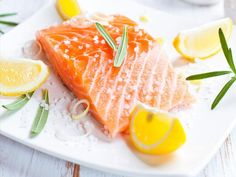 11 Foods That Fight Fat Over 40: Salmon http://www.prevention.com/weight-loss/weight-loss-tips/11-foods-fight-fat-over-40?s=8
