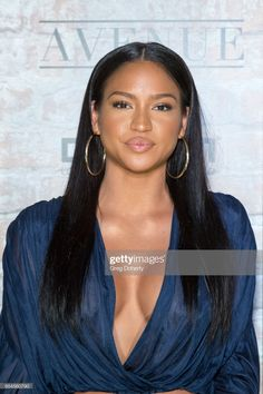 Dancer Cassie Ventura attends the TAO, Beauty And Essex, Avenue And. Mode Old School, Pretty People, Beautiful People, Cassie Ventura, Ebony Beauty, African Hairstyles, Beautiful Black Women, American Singers, Woman Crush