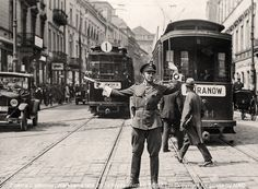 Vintage: Poland during Interwar period Plymouth England, Interwar Period, Warsaw Pact, Warsaw Poland, Invasion Of Poland, History Of Photography, Historical Images, Krakow, Beautiful Places To Visit