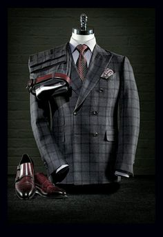 A Well Dressed Man: Accessories Site: www. A Well Dressed Man: Accessories Site: www.thejonathanal… A Well Dressed Man: Accessories Site: www. Sharp Dressed Man, Well Dressed Men, Men's Suits, Cool Suits, Moda Blog, La Mode Masculine, Gq Style, Mens Attire, Mens Fashion Suits