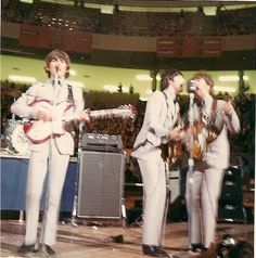 the beatles onstage Olympia Stadium, Detroit 1966 Great Bands, Cool Bands, Olympia Stadium, The Beatles Live, The Quiet Ones, Lennon And Mccartney, The Fab Four, Ringo Starr, Yesterday And Today