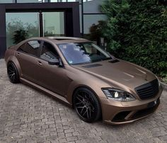 Luxury cars garage mercedes benz 60 Ideas for 2019 Mercedes Benz Autos, Mercedes Benz Cars, New Luxury Cars, Mercedes S Class, Car Colors, Car Wrap, Sexy Cars, Sport Cars, Custom Cars