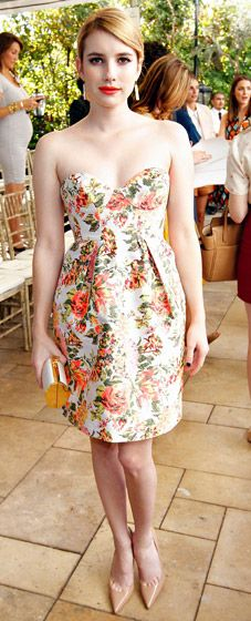 Emma Roberts looked adorable in a floral frock at a CFDA/Vogue Fashion Fund Event in L.A. Oct. 25.