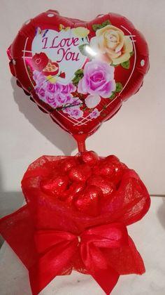 Valentine's day San Valentino  Composizione palloncini. Palloncini cuore foil