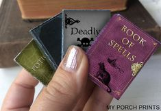 Halloween Mini Spell Books Fall is a time for pumpkin spice, crisp pretty leaves and. This set of four mini Halloween s. Halloween Spell Book, Halloween Spells, Halloween Scrapbook, Fall Halloween, Harry Potter Groups, Harry Potter Potions, Harry Potter Books, Hogwarts, Potion Labels