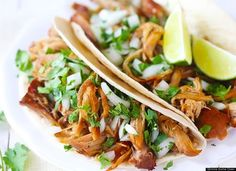 The Slow Cooker Recipes That You'll Never Want To Live Without - Crispy Slow Cooker Carnitas - recipe http://www.gimmesomeoven.com/crispy-slow-cooker-carnitas/