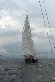 The worst day sailing is better than the best day of doing almost anything else ♥