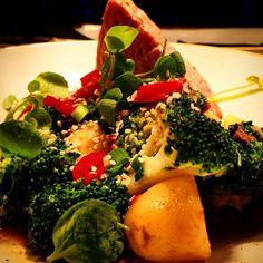 El ultimo special tuna steak with petit veg pan fried Ina yuzu dressing #chefinstagram #chefsofinstagram #cheflife #chefporn #wildchef #truecooksstreetteam #foodporn #foodgasm #instachef #foodlover #ouichef #thugchef #cook #touchmymeatandiwillfuckyouup #truecooks #foodstarz #artofplating #whatwedo #gastroart #food #goodlooksforgoodcooks #instafood #theartofplating #stackpaper #tacoreligion #paiddacosttobetheboss #chefstalk #londonchef #comeandsweatwithus by chefmoreyto