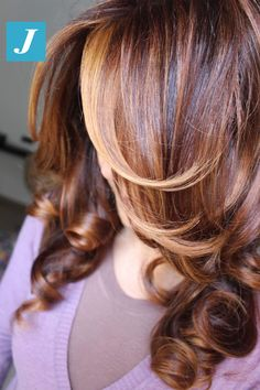 Creato in base ai tuoi desideri e alle tue esigenze _ Degradé Joelle #cdj #degradejoelle #tagliopuntearia #degradé #igers #musthave #hair #hairstyle #haircolour #longhair #ootd #hairfashion #madeinitaly #wellastudionyc