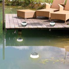 Romantische & schwimmende Leuchtkugel mit Touchfunktion und Dimmer für drinnen & draußen