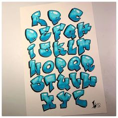 Daily posts about graphic design, lettering, typography, calligraphy and more by TYPOSTRATE. Graffiti Letters Styles, Graffiti Books, Graffiti Lettering Alphabet, Graffiti Text, Graffiti Drawing, Doodle Lettering, Hand Lettering, Graphic Design Fonts, Doodle Art Designs