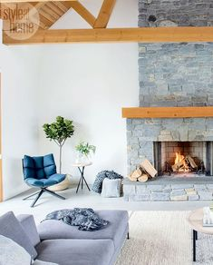 Mix and Chic: A bright and beautiful country ranch in rural British Columbia! Living Room Decor, Living Spaces, British Home, Rustic Luxe, Modern Ranch, Rustic Interiors, Home Fashion, Home Interior Design, Custom Homes