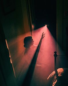 Nirav Patel Featured artist Nirav Patel The post Nirav Patel appeared first on Film. Illusion Photography, Cinematic Photography, Film Photography, Creative Photography, Street Photography, Photography Aesthetic, Light Photography, Nostalgia Photography, Projector Photography
