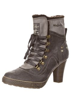 MUSTANG Lace-up boots - brown