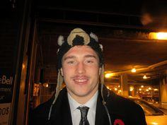 Montreal Canadiens, Hockey Stuff, Hockey Players, Man Humor, The Man, Bae, Daddy, Winter Hats, Guys
