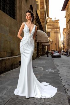 Off The Rack Clearance Gowns Luxury Wedding Dressdesigner