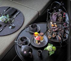 Luxury Hotels Tokyo, Aman Tokyo Album and Picture Tour - picture tour Vegan Teas, Tea Lounge, Tea Party Theme, Afternoon Tea Parties, Magical Room, Coffee Set, Tacos, Tea Ceremony, High Tea