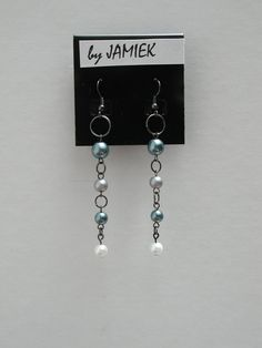 Earrings Tarnished Silver Ring Chain with a Black Grey and Pearl Bead